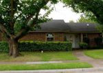 Foreclosed Home en GLENCREST LN, Garland, TX - 75040