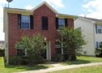 Foreclosed Home en GRASSY VIEW DR, Houston, TX - 77073