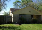 Foreclosed Home en GLENBURNIE DR, Houston, TX - 77022