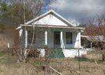 Foreclosed Home en PINE GROVE RD, Lindside, WV - 24951