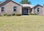 Foreclosed Home en JAMES HINSON DR, Midway, FL - 32343
