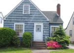 Foreclosed Home en ARCH ST, Maple Heights, OH - 44137