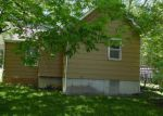 Foreclosed Home en BENTON ST, Richmond, MO - 64085
