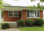 Foreclosed Home en SALE AVE, Louisville, KY - 40215