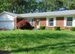Foreclosed Home en BUNNING DR, Louisville, KY - 40272
