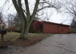 Foreclosed Home en W VIOLET DR, Mchenry, IL - 60051