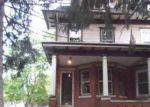 Foreclosed Home en HILLCREST AVE, Trenton, NJ - 08618