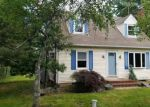 Foreclosed Home en CORTELYOU LN, Somerset, NJ - 08873