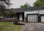 Foreclosed Home en CROSS KEYS AVE, Williamstown, NJ - 08094