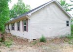 Foreclosed Home en MOUNTAIN VALLEY CEMETERY RD, Zirconia, NC - 28790