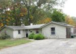 Foreclosed Home en GRAND VIEW AVE, Johnston, RI - 02919