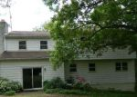 Foreclosed Home en ROSE VALLEY RD, Pottstown, PA - 19464