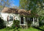 Foreclosed Home en RUTH ST, Bristol, CT - 06010