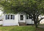 Foreclosed Home en BENSON ST, Bridgeport, CT - 06606