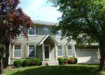 Foreclosed Home en W 53RD TER, Shawnee, KS - 66226