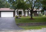 Foreclosed Home en DIANE DR, Dupo, IL - 62239