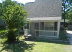 Foreclosed Home in RIVER FALLS DR, Charlotte, NC - 28215