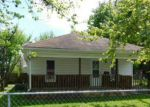 Foreclosed Home en E 8TH ST, West Frankfort, IL - 62896