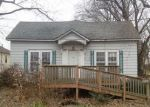 Foreclosed Home en E LINDELL ST, West Frankfort, IL - 62896