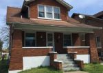 Foreclosed Home en OREGON AVE, Louisville, KY - 40210