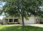 Foreclosed Home en ROLLING BROOK DR, Dickinson, TX - 77539