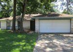 Foreclosed Home en HIRSCHFIELD RD, Spring, TX - 77373
