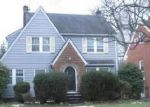 Foreclosed Home en OAKHILL RD, Cleveland, OH - 44112