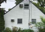 Foreclosed Home en TERRACE BLVD, Trenton, NJ - 08618
