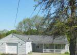 Foreclosed Home en MORTON ST, Creve Coeur, IL - 61610