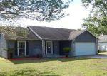 Foreclosed Home en ROBERT LIVINGSTON ST, Orange Park, FL - 32073