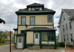Foreclosed Home en BLATCHLEY AVE, New Haven, CT - 06513