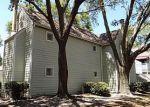 Foreclosed Home en TWELVE OAKS DR, Orange Park, FL - 32065