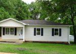 Foreclosed Home en WOODSIDE CIR, Simpsonville, SC - 29681