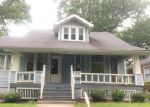 Foreclosed Home en FOREST AVE, Belleville, IL - 62220