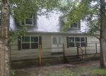 Foreclosed Home en LAMBERT HOLW, Clearfield, KY - 40313