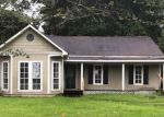 Foreclosed Home en STONE PINE DR, Greenwell Springs, LA - 70739