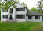 Foreclosed Home en STEELE CIR, Bushkill, PA - 18324