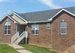 Foreclosed Home en TODD PHILLIPS TRL, Clarksville, TN - 37042