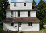 Foreclosed Home en E MAIDEN ST, Washington, PA - 15301