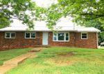 Foreclosed Home en HARTMAN DR, Jonesborough, TN - 37659