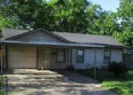Foreclosed Home en LOUISVILLE ST, Houston, TX - 77015