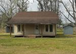 Foreclosed Home en FM 770, Hull, TX - 77564