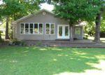 Foreclosed Home en BULL BAYOU RD, Hot Springs National Park, AR - 71913