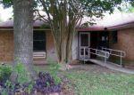 Foreclosed Home en DOBIE BLVD, Cibolo, TX - 78108