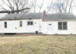 Foreclosed Home en SYRACUSE AVE, Romulus, MI - 48174