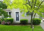 Foreclosed Home en FREMONT DR, Columbia Station, OH - 44028
