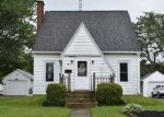 Foreclosed Home en W GAYLORD AVE, Shelby, OH - 44875