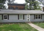 Foreclosed Home en COLLETTE RD E, Stafford Springs, CT - 06076