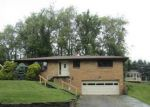 Foreclosed Home en PARKVIEW DR, Steubenville, OH - 43953