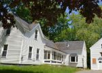 Foreclosed Home en PELTOMA AVE, Pittsfield, ME - 04967